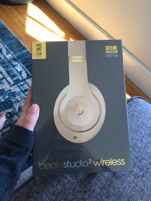 Beats Studio 3 Wireless NEW for Sale in San Francisco, CA