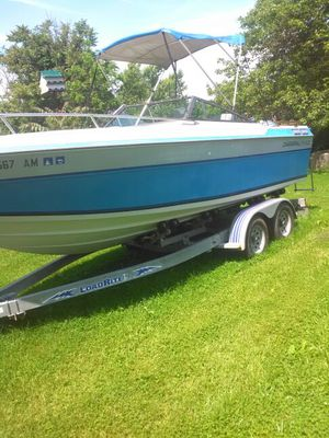Chaparral 215XLC for Sale in Damascus, MD