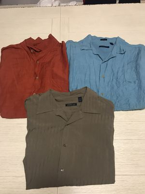 LOT OF 3 MENS SHORT SLEEVE BUTTON DOWN VAN HEUSSEN SHIRTS SIZE L for Sale in Bartlett, IL