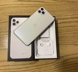 (Silver) iPhone 11 Pro Max 🥇 for Sale in Richmond, CA