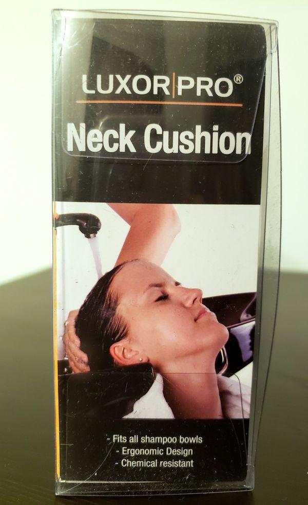 Luxor Pro Neck Cushion for Shampoo Bowl