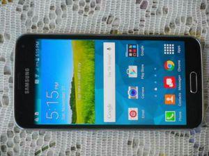 Like New Samsung Galaxy S5 Verizon/T-Mobile/MetroPCS/AT&T/Cricket Phone Unlocked Clear ESN Black for Sale in Glendale, AZ