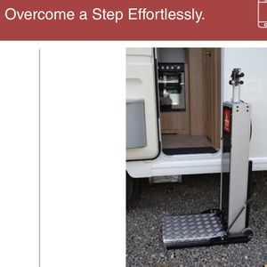 MOTORSTEP - LIFT FOR EASY ACCESS TO RV, MOTORHOME, TRAVEL TRAILER AND HOME for Sale in Nashville, TN