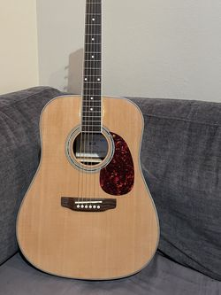 Lico FG-01 Full Size Acoustic Guitar Condition like new No scratches or dents for Sale in Fremont,  CA