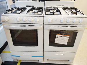Hotpoint gas stove new with 6 month's warranty for Sale in Mount Rainier, MD