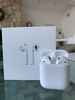 AirPods 1st Generation for Sale in Palos Verdes Peninsula, CA