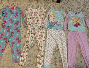 Toddler Girl Size 4T Pajama Sets for Sale in Pearland, TX