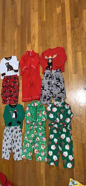 Toddler cozy pajamas 2t ( 4 dollar per set ) for Sale in Hampton, VA