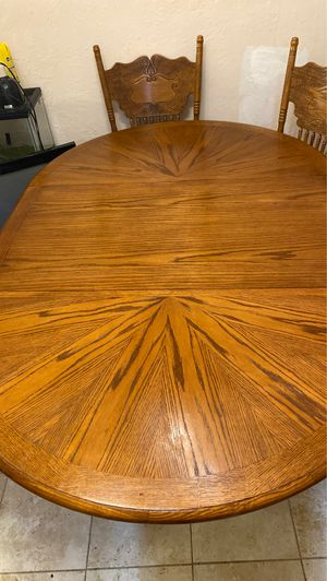 Dinning Table for Sale in Lynwood, CA
