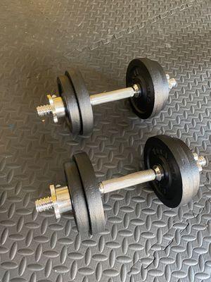 40 lbs adjustable dumbbells set for Sale in Hayward, CA