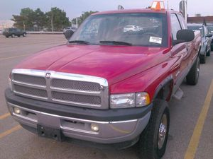 2002 Dodge Ram diesel 2500 4*4 for Sale in St. Louis, MO