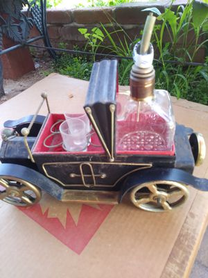 Antique Liquor decanter also a music. eill play when bottle is lifted from car for Sale in San Diego, CA