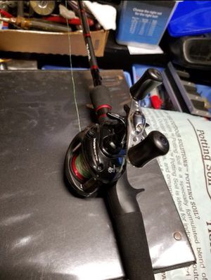 Abu Garcia Black Max Baitcaster + Daiwa Rod for Sale in Houston, TX