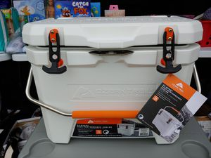 Ozark Trail High Performance Cooler for Sale in Houston, TX
