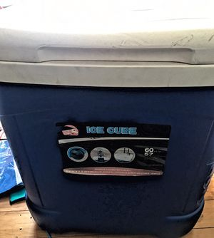 60-Quart Ice Cube Roller Cooler, Ice Chest, Ice Cooler for Sale in Los Angeles, CA