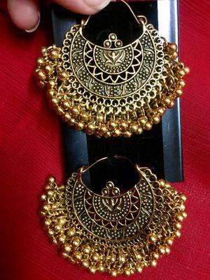 gorgeous earrings for Sale in Jersey City, NJ
