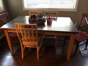 Breakfast nook table and chairs for Sale in Portland, OR