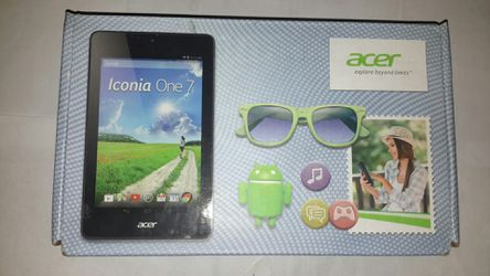 Acer iconia one7, black, B1-730 ,16gb Wi-Fi, 4.4 android kit Kat 7 inch screen. Nice condition. for Sale in Detroit,  MI