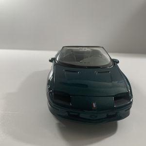 1/25 Diecast Chevrolet Camaro Z28 Green for Sale in Los Angeles, CA
