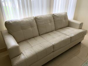 Sofa free for Sale in Davie, FL