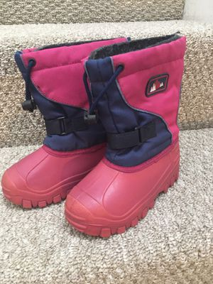 Snow boots, little kids size 11 for Sale in San Diego, CA