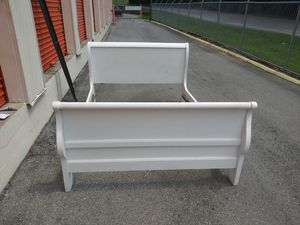 Full size white painted wood sleigh headboard footboard for Sale in Nashville, TN