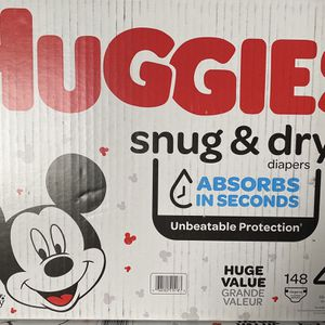 Huggies Diapers Size 4 for Sale in Huntington Park, CA