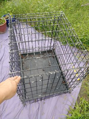 Med-large dog cage/kennel for Sale in Fort Myers, FL