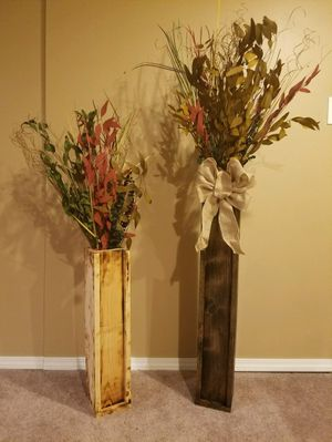 2 flower arrangements for Sale in Pittsburgh, PA
