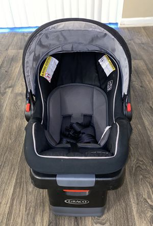 Graco Snugride Snuglock 35 Infant Car Seat for Sale in Miami, FL