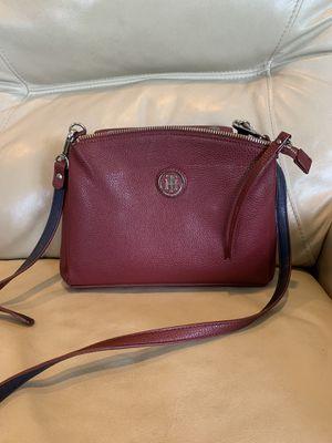 Tommy Hilfiger messenger/ crossbody bag for Sale in Neffsville, PA