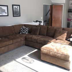 Sectional Sofa for Sale in Rochester,  MI