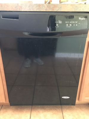 Whirlpool Dishwasher- Black for Sale in Cleveland, OH