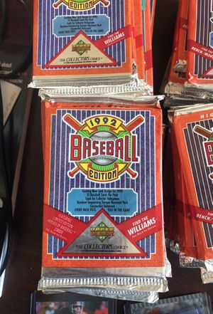 1992 UPPER DECK unopened baseball card packs for Sale in Round Rock, TX