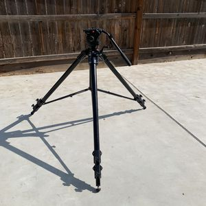 It's available. Manfrotto 3258 Super Tall Heavy Duty Professional Tripod With 503HDV for Sale in Fresno, CA