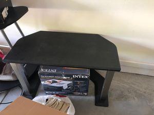 TV table for Sale in Smyrna, GA