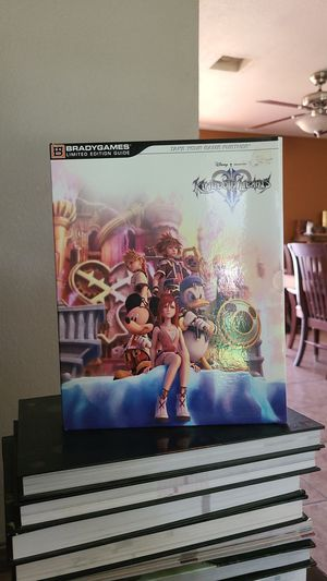 Kingdom Hearts 2 collectors strategy guide for Sale in Fontana, CA
