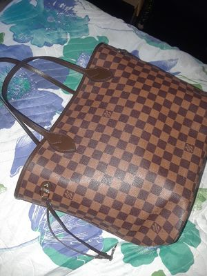 Louis vuitton bag for Sale in Bloomington, CA