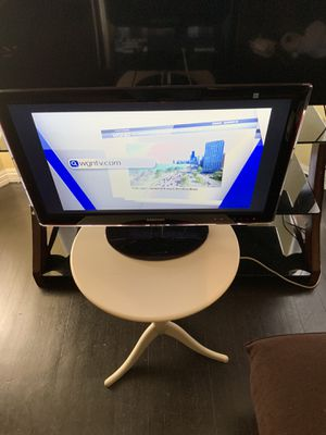 SAMSUNG 27 INCH LCD HDTV for Sale in Chicago, IL