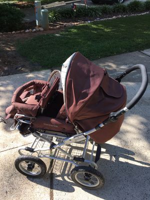 Bumble Bee Carriage Stroller with extras! for Sale in Cary, NC