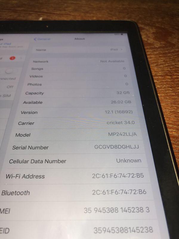 Apple iPad 32GB - Space Grey (2017 Model)