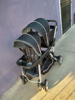 Baby double stroller Carriola doble for Sale in Salinas,  CA