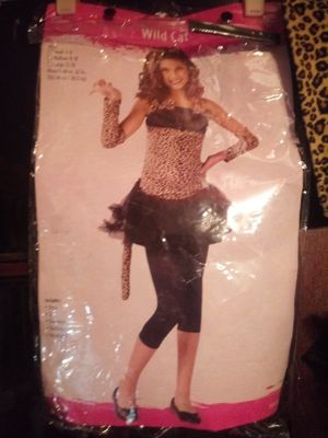 Childs wild cat costume size 4-6 for Sale in Columbus, OH