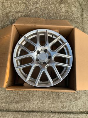 One 18 Inch Replacement Rim! for Sale in Clarksville, TN