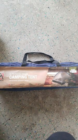 3 person camping tent for Sale in Waukegan, IL