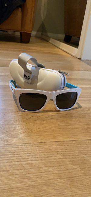Dolce&gabbana sunglasses for Sale in San Francisco, CA