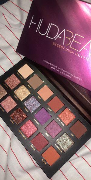 Huda beauty desert dusk palette for Sale in Federal Way, WA