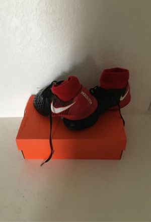 Nike indoor shoes for Sale in Salida, CA
