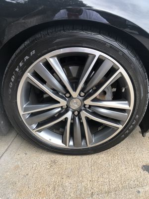 Infiniti Q50 s 19 wheels with brand new tires for Sale in Revere, MA