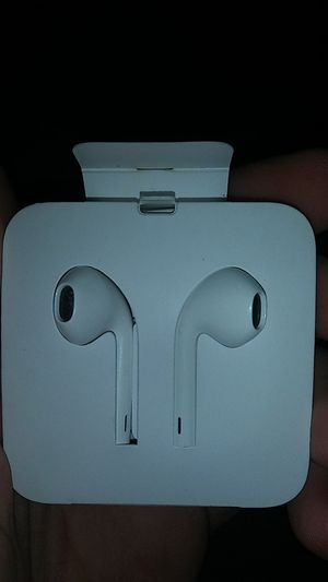 IPhone earbuds for Sale in St. Louis, MO